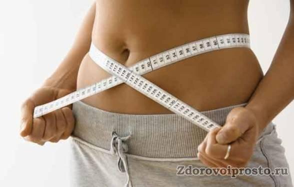 Причиной широкого использования чая с молоком в диетах является не низкая калорийность, а его способность подавлять аппетит.