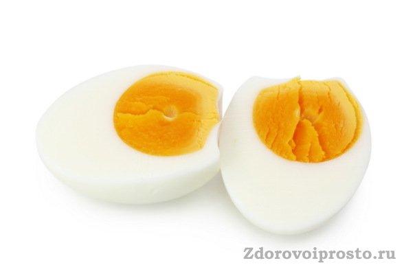 Как ни удивительно, но в яичном желтке тоже есть животные жиры.
