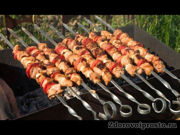 В правильно приготовленном мясе вред минимален, а польза максимальна.