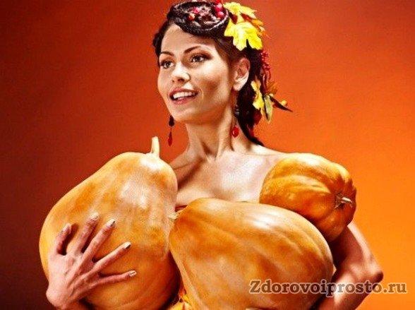 Понимаем, мадам, что вы наслышаны о пользе тыквенных семечек для женщин. Но давайте всё-таки разберёмся, в чём именно она заключается.