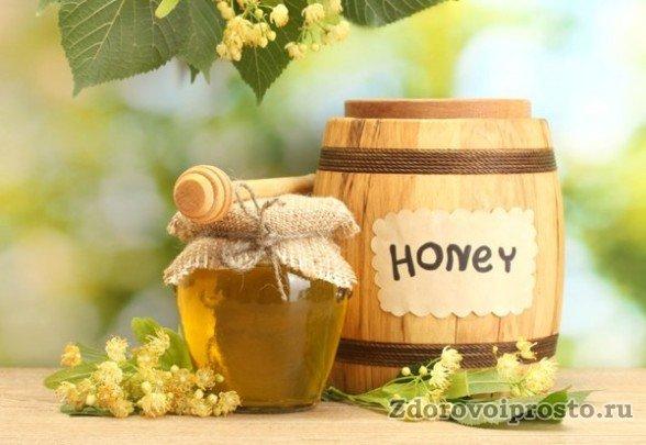 К полезным свойствам и противопоказаниям липового мёда относится также его рекомендация при гастрите и желчнокаменной болезни.