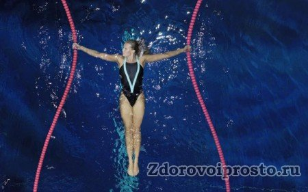 Первая польза плавания для здоровья – более стройная фигура.