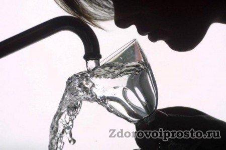Не пей, сестрица Алёнушка, воду из-под крана. А читай рецепты, как сделать воду талой, чистой и лёгкой, да будь красивой и счастливой!