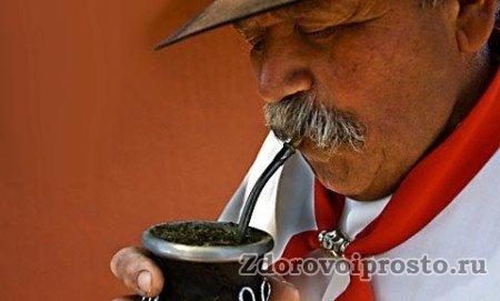 Южноамериканцы всю жизнь проживают рядом с вредом и пользой чая мате.
