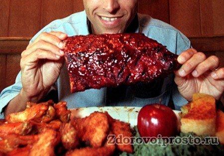 У одних польза и вред мяса вызывают ожесточённые споры, другие – не заморачиваются.